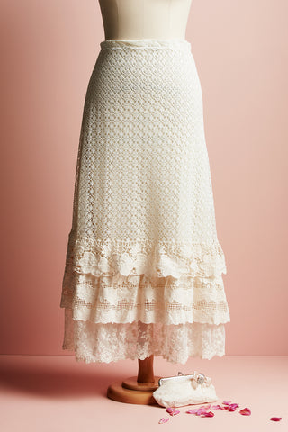 maxi vintage lace skirt. lace skirt.