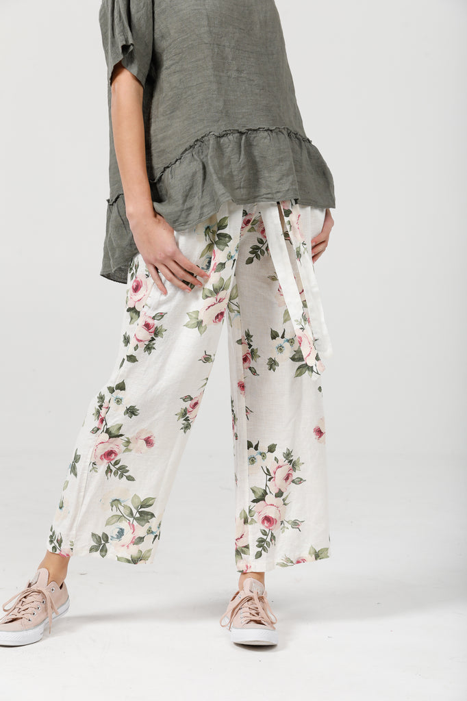 Eva Linen  floral pants  . cream