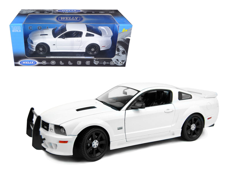 2007 Saleen S281 E Mustang Unmarked Police Car White 1/18 Diecast Car Model by Welly - BeTovi&co