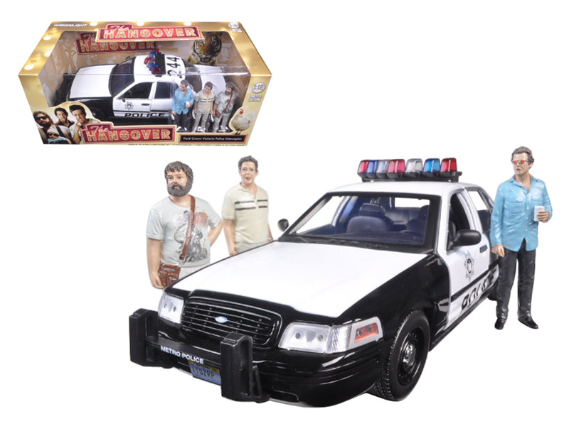 "2000 Ford Crown Victoria Police Interceptor Car with 3 Figures \The Hangover"" Movie (2009) 1/18 Diecast Model Car by Greenlight"" - BeTovi&co"