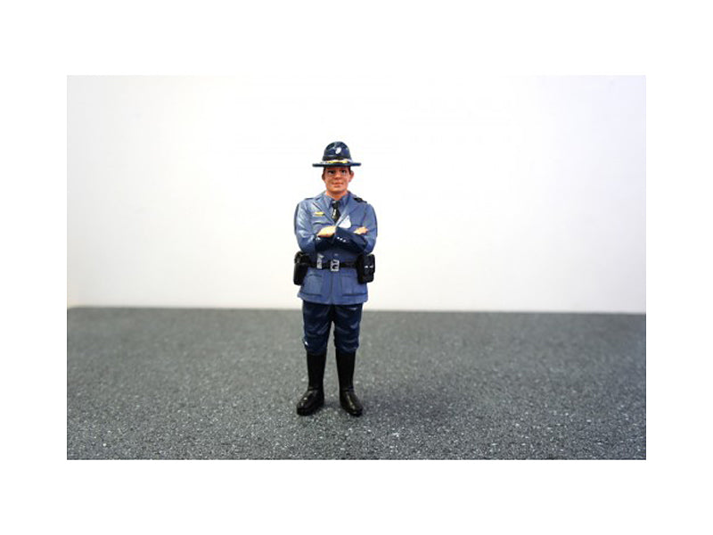 State Trooper Tim Figure For 1:24 Diecast Model Cars by American Diorama - BeTovi&co