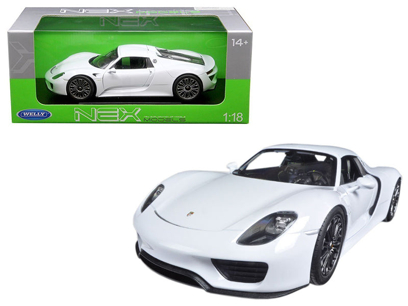 Porsche 918 Spyder With Top White 1/18 Diecast Model Car by Welly - BeTovi&co