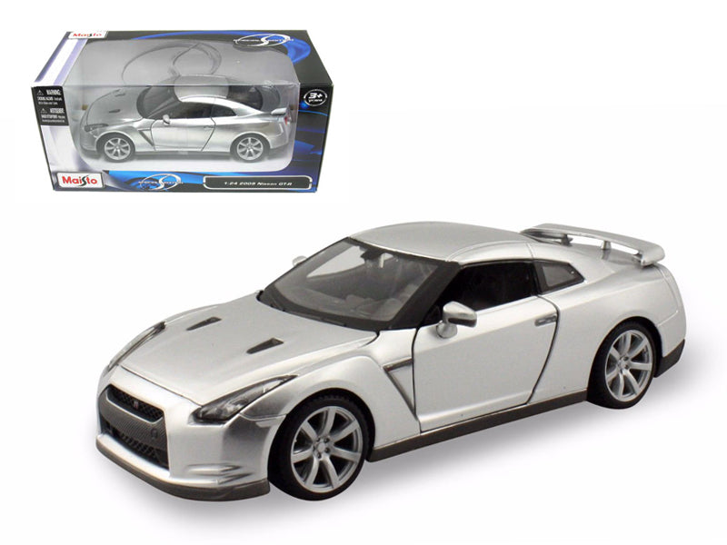 2009 Nissan GT-R R35 Silver 1/24 Diecast Model Car by Maisto
