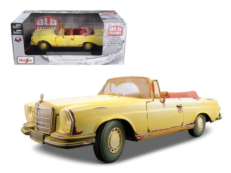 "1967 Mercedes 280 SE Rusted Version \Old Friends"" 1/18 Diecast Model Car by Maisto"" - BeTovi&co"