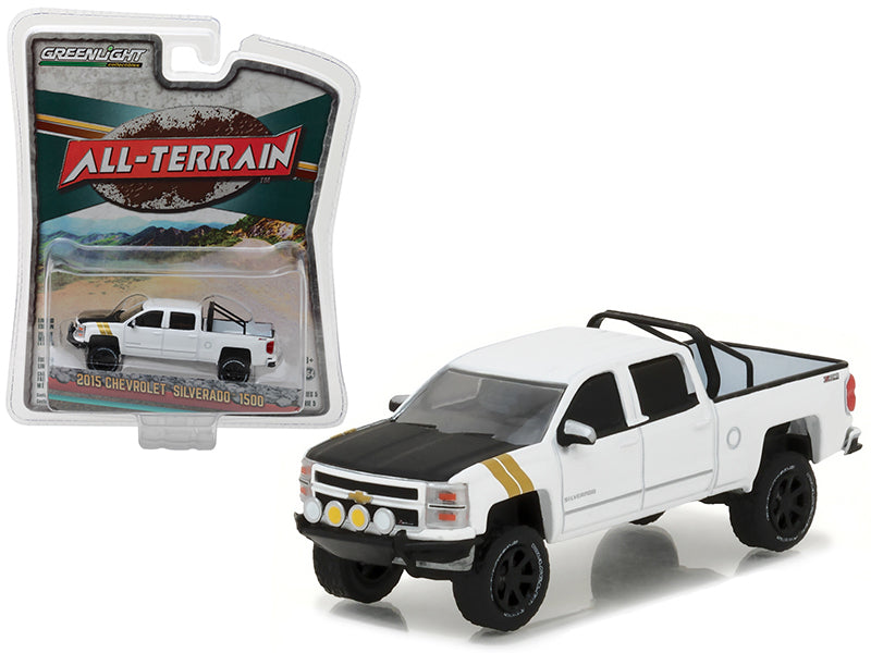 2015 Chevrolet Silverado 1500 White Pickup Truck 'All Terrain' Series 5 1/64 Diecast Model Car by Greenlight - BeTovi&co
