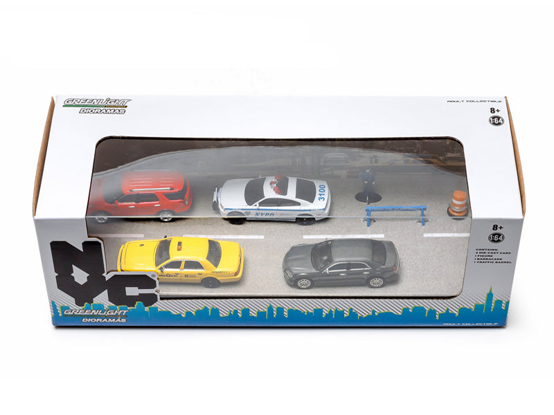 New York City NYC NYPD 7 Pieces Traffic Scene Diorama 1/64 by Greenlight - BeTovi&co