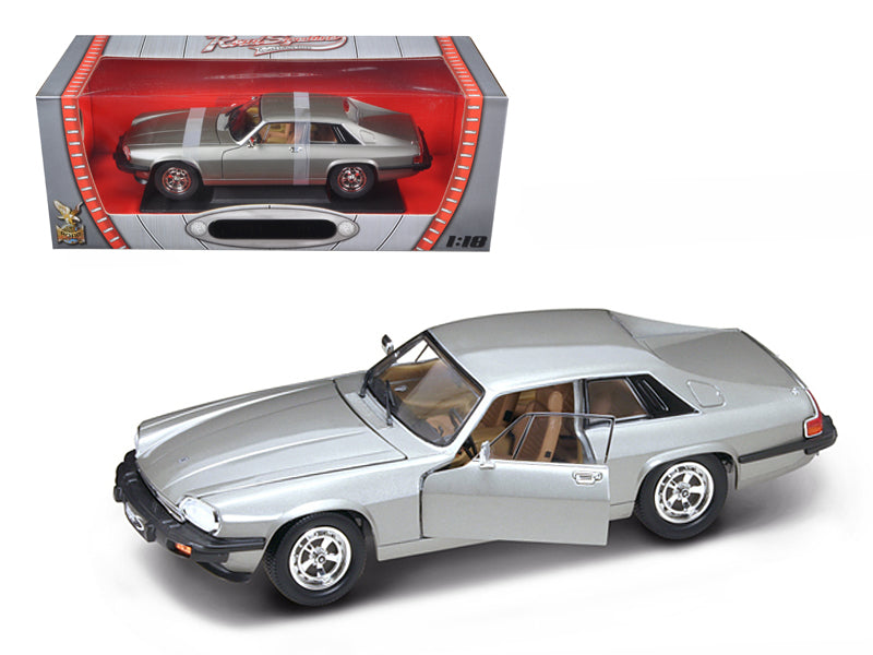 1975 Jaguar XJS Coupe Silver 1/18 Diecast Car Model by Road Signature - BeTovi&co