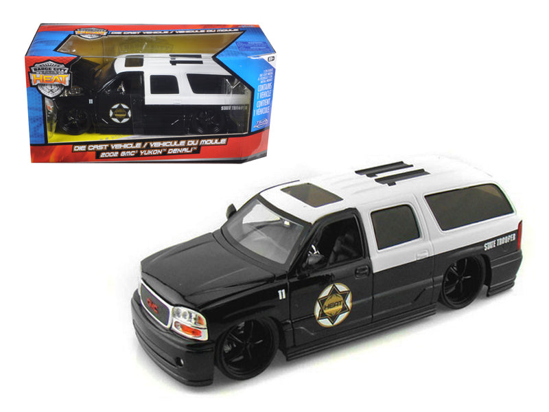 2002 GMC Yukon Denali Police 1/24 Diecast Model Car by Jada - BeTovi&co