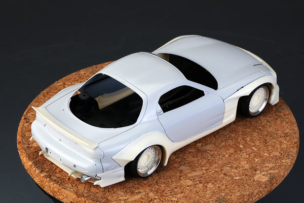1/24 Mazda RX-7 Resin Wide Body Kit