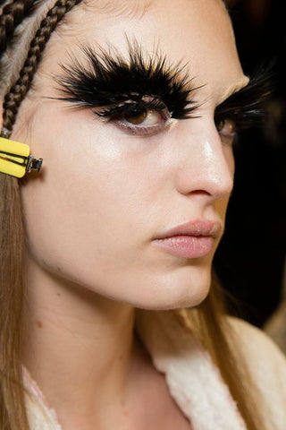 McQueen Inspired Makeup Feathered Eyebrows HAlloween
