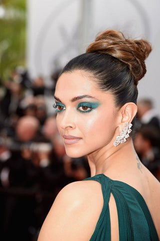 Tux Inspired Makeup Eye Looks Green Eyeshadow Red Carpet