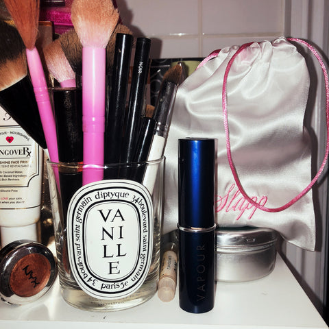 Slapp Bag  Vapour Beauty Makeup Top Shelfie