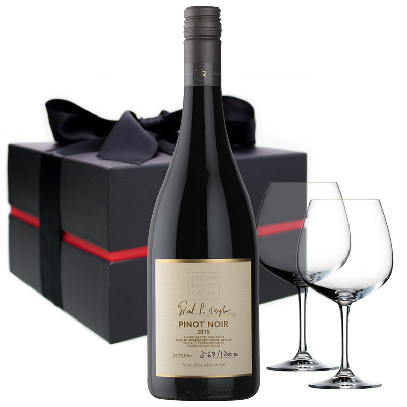 Grant Taylor Pinot Noir 2015 - Signature Selection 750ml & Glasses