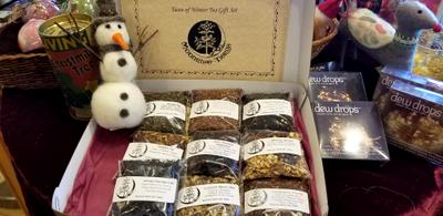 Last Minute Gift Ideas from Moonrise Herbs!