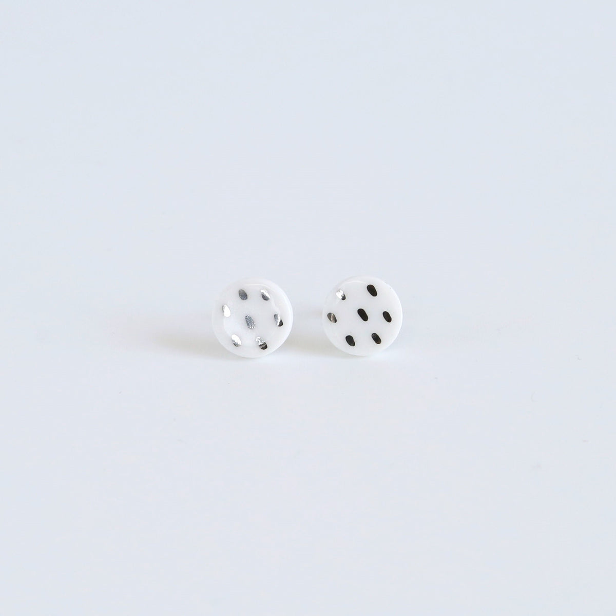 Single colour studs - white & platinum dashes