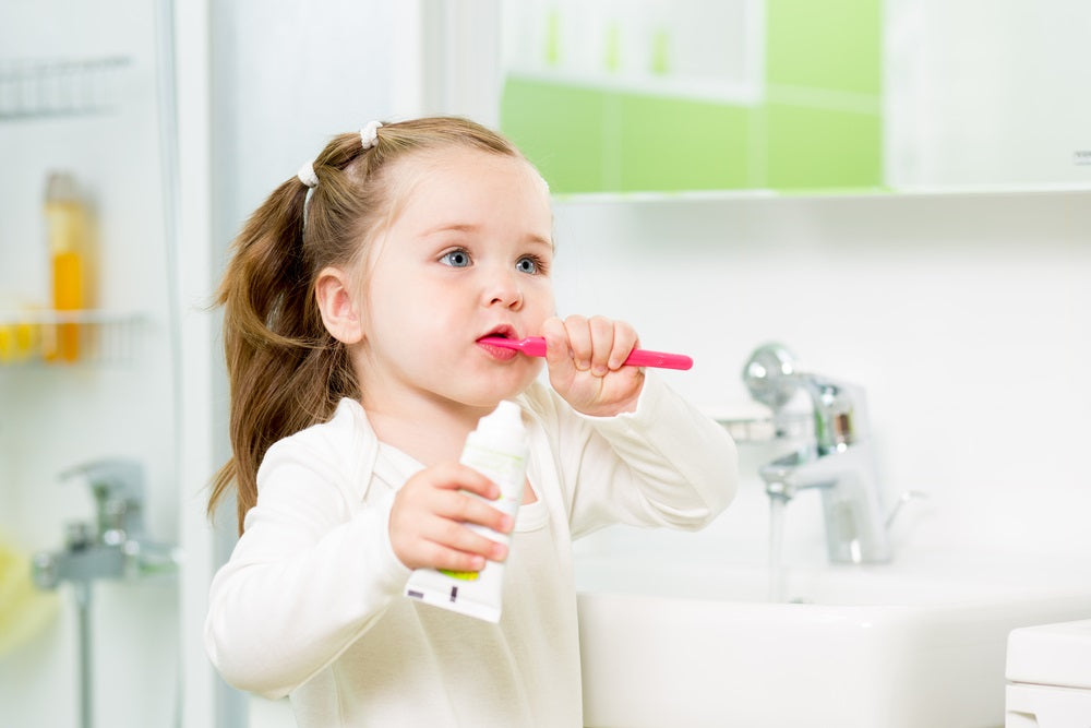 Tips for Teaching Children How to Brush Their Teeth