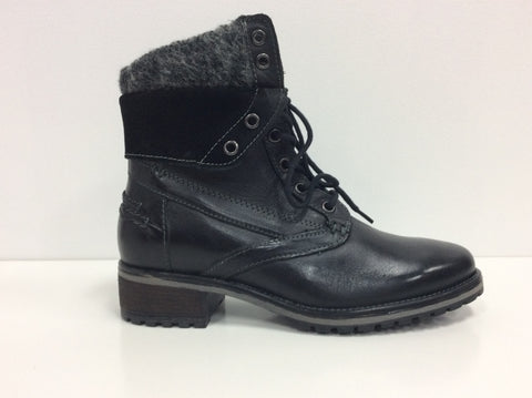 Steve Madden Boot in black leather $159, Our Beautiful Price $129