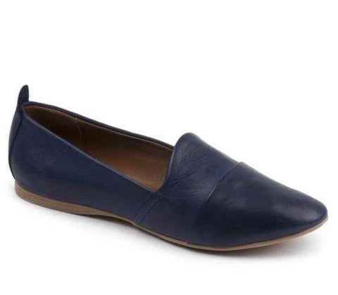 Bueno Kassie in Navy Leather $125, Our Beautiful Price $99