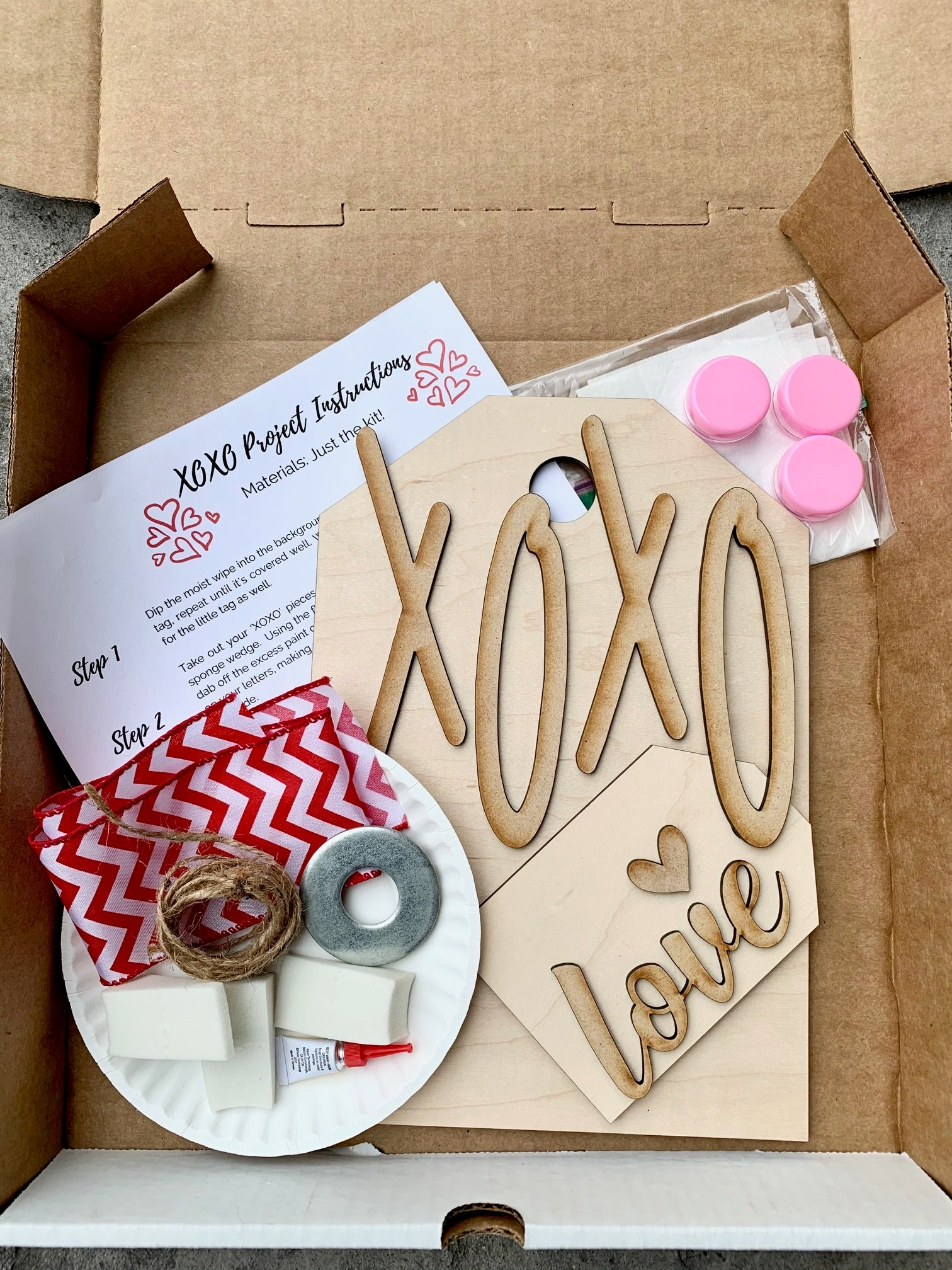 XOXO LOVE - Complete Decor Box