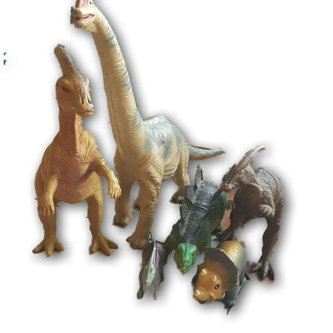 Set Of 4 Large And 2 Small Dinosaurs