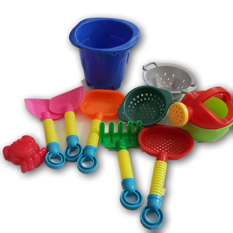 Beach Set (handlesless blue small bucket plus accessories)