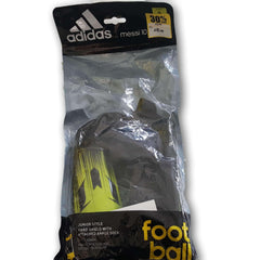 Adidas Football Shinguards with socks Ages 3 to 5 - Toy Chest Pakistan
