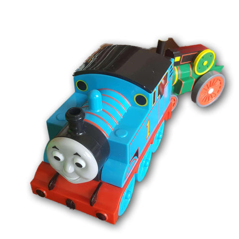 Thomas pull and zoom train