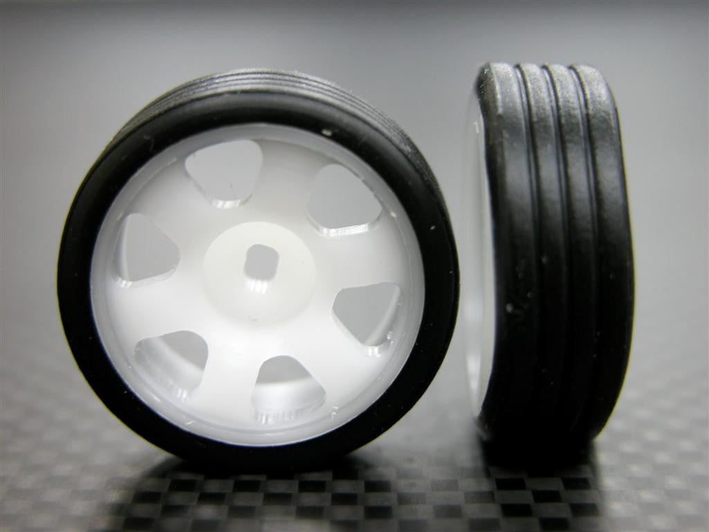 Kyosho Mini-Z AWD Delrin Front/Rear Ridge Rims (6P, 2.5mm Off Set, Width 8.3mm) With Tires - 1Pr Set White