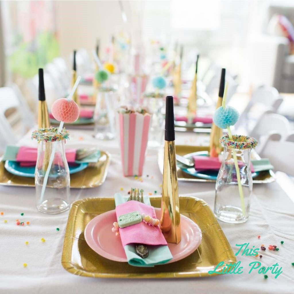 Birthday Table Presentation: This Little Party