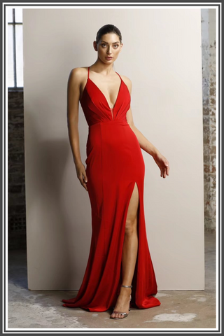 Jadore Bella Dress in Red
