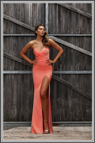 Jadore Dalia Dress in Coral