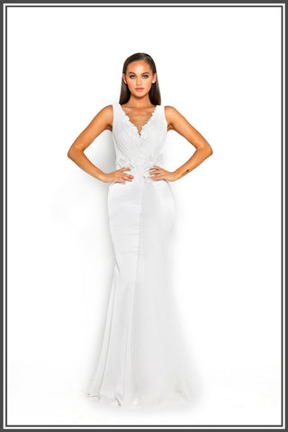Portia and Scarlett Georgia Gown in White