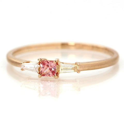 Padparadscha Sapphire Ring in 18k -Liddy-