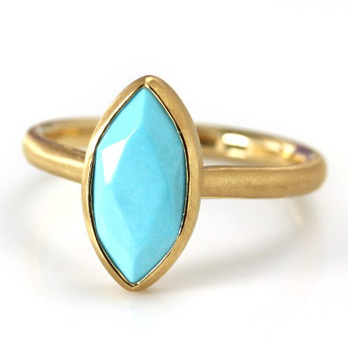 Turquoise ring in 18k gold -Selena-