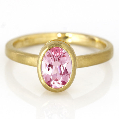 Morganite ring in 18k gold -Selena-