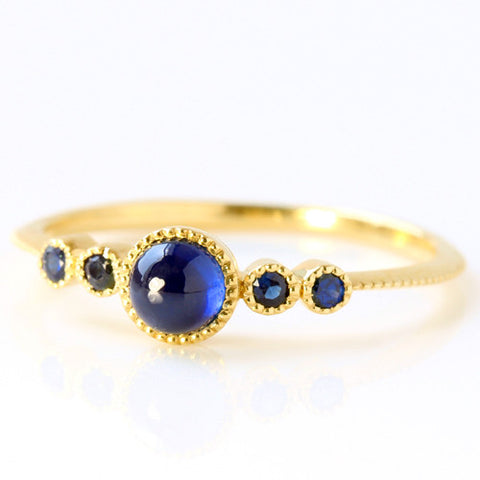 Blue Sapphire ring in 18k gold -Pluie-