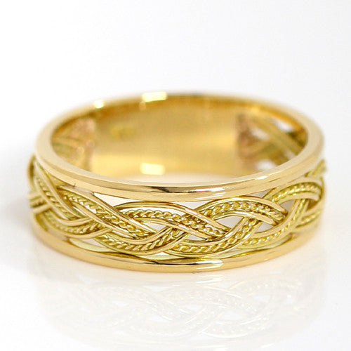 Hand Weaved 18k gold ring with a Frame -Tress Grun-