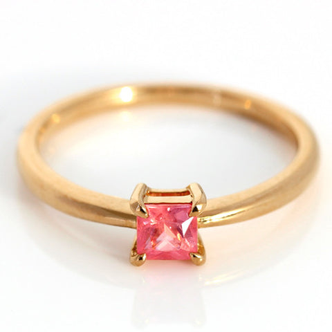 Rhodochrosite ring in 18k gold -Serum-