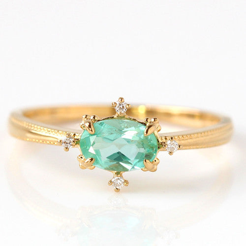 Mint Green Beryl ring in 18k gold -Brigitte-
