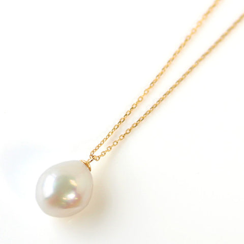 Pearl necklace in 18k gold -Selleria-