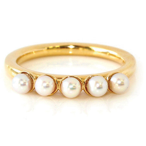 Engagement Ring in 18k Gold -Baby Pearls-