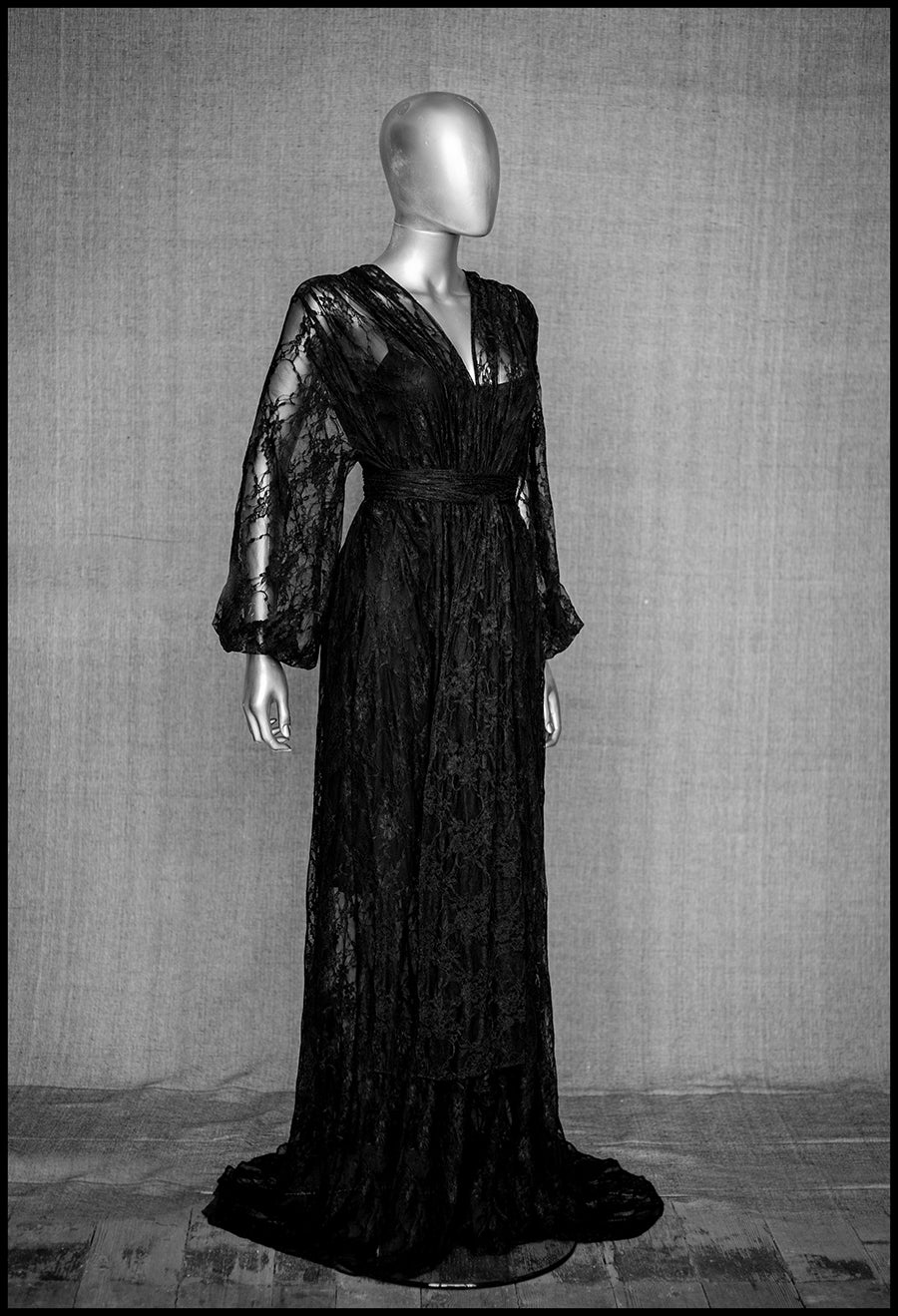 alexandra king for deadly is the female black lace gown