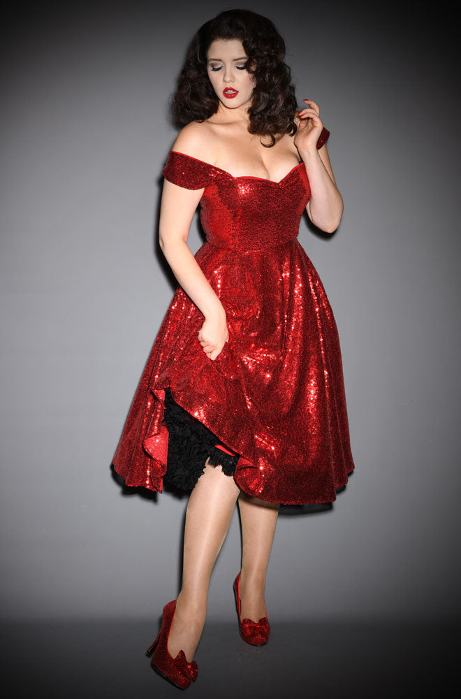 Scarlett Luxe in red sequin dress alexandra king for deadly is the female