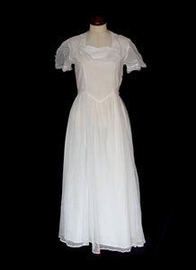 Vintage 1930s Ivory Pointe D'esprit Tulle Dress