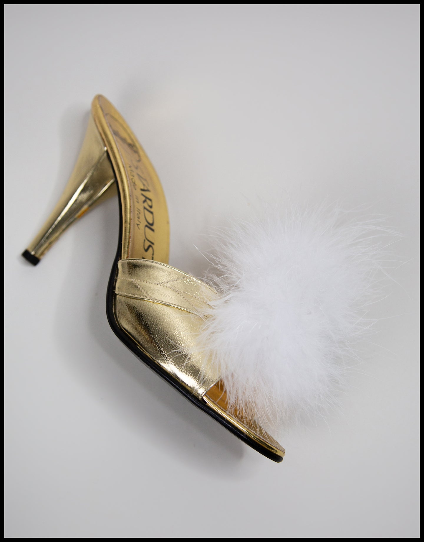 White Feather Pompom Shoe Clips