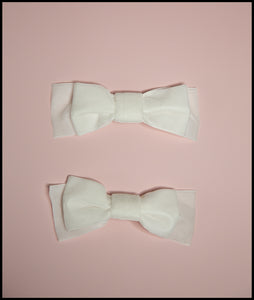 Ivory Velvet Bow Shoe Clips