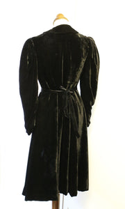 Vintage 1940s Black Silk Velvet Dress Coat