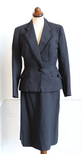 Vintage 1940s Grey Wool Skirt Suit