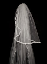 Vintage Ivory Lace Edge Wedding Veil