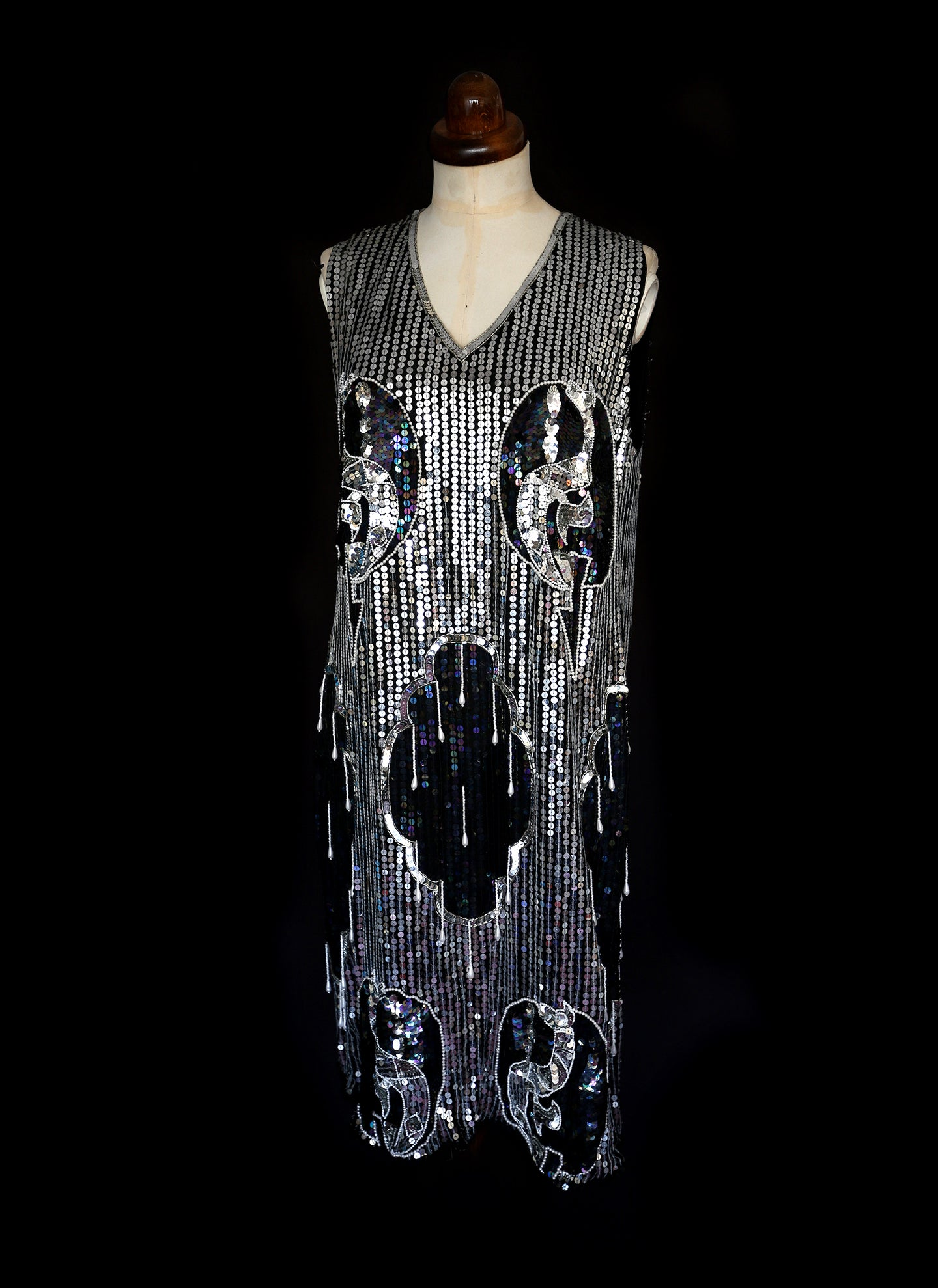 Vintage 80s Silver Sequin 20s Style Flapper Dress